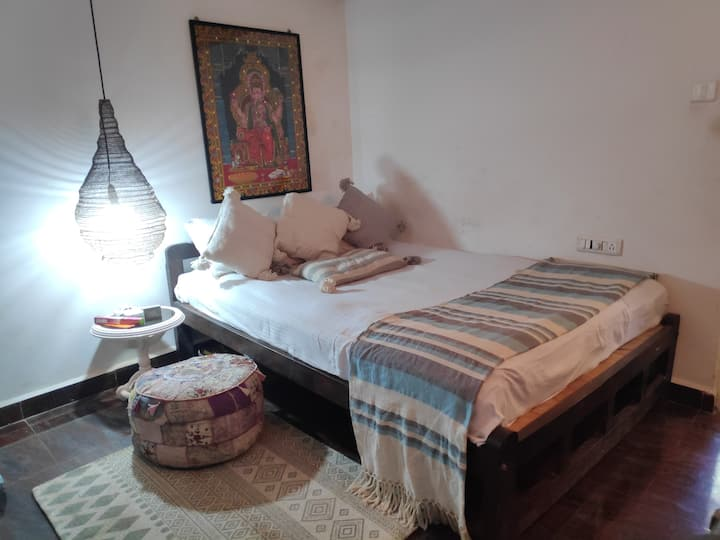 The Ganesh Room Near The Beach