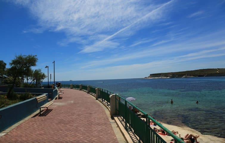 12. RB. Apartment in Marsascala close to beach ! - Marsascala