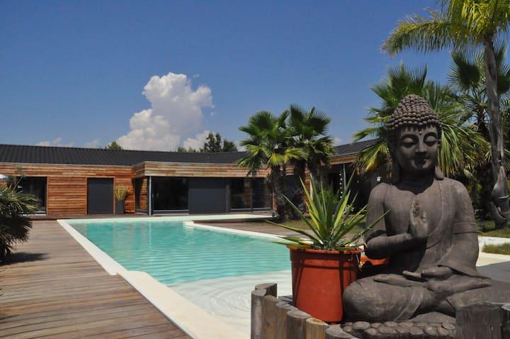 suite Pagnol, sdb wc terrasse privés, sur piscine