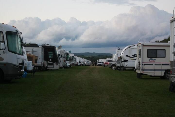 Rough Camping 2