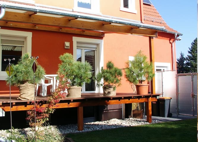 Einmalige 4-Sterne FeWo mit toller Terrasse