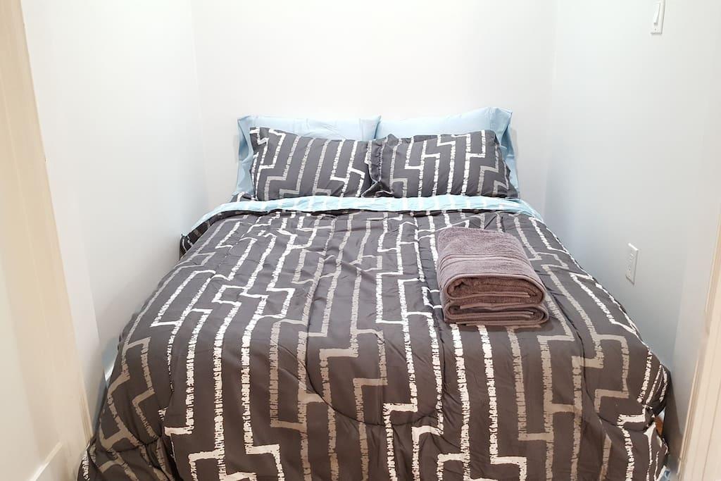 New memory foam full size mattress