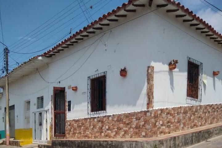 habitaciones En Socorro santander  Monasterio