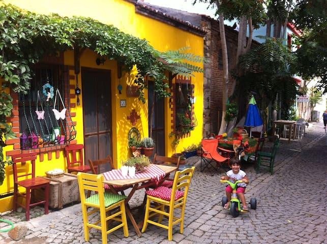 Bozcaada'daki eviniz; Leyla 1 - Bozcaada - House
