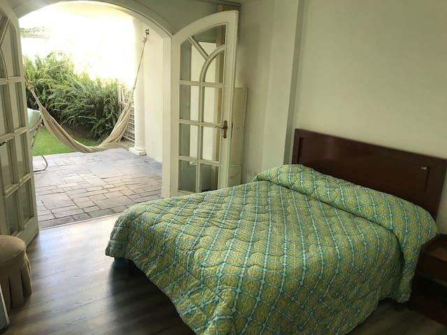 Suite in Cumbaya, secure & near USFQ