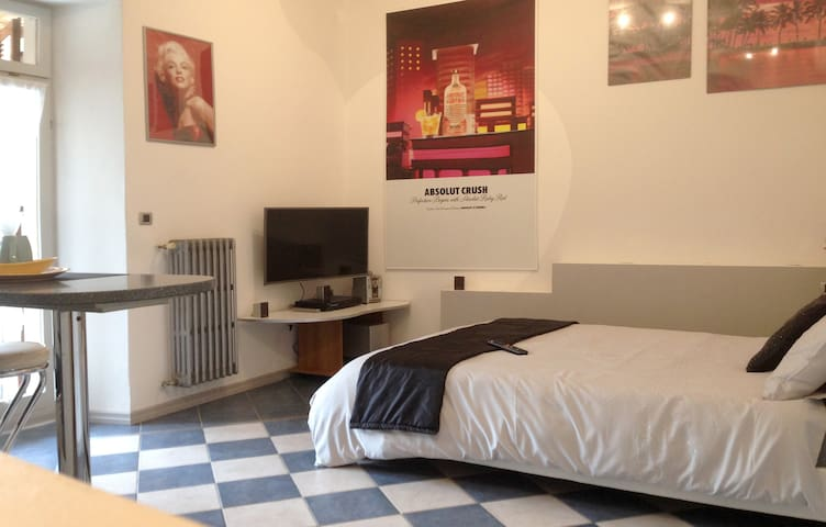 Feel at home - Castello street - City center - Desenzano del Garda - Wohnung