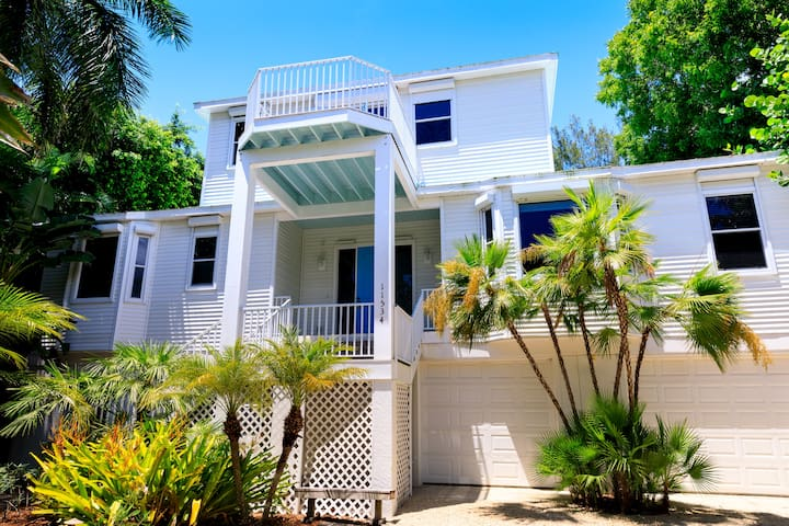 Tidewater Beach House