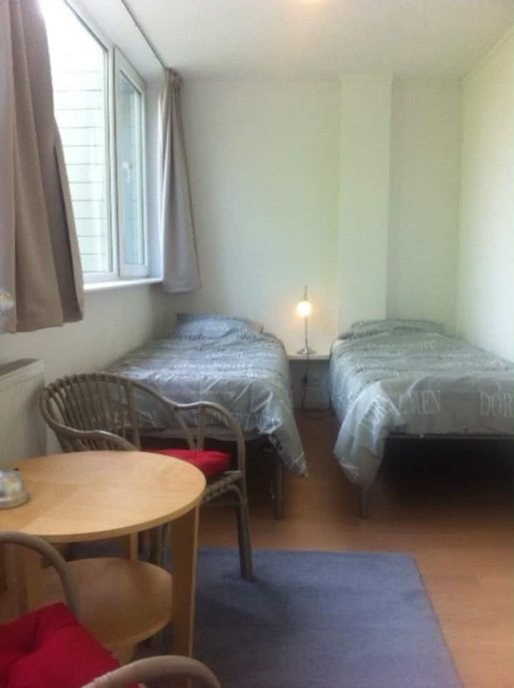 2 pers. room with private bathroom and kitchenette
