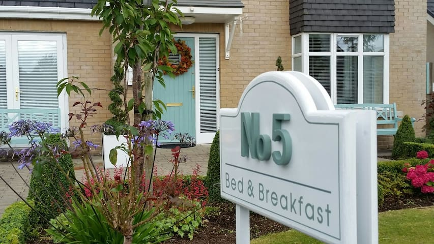 No.5 bed & breakfast - Kilcullen