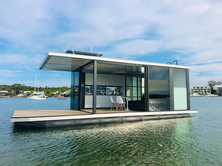 oasis noosa - luxury floating eco villa