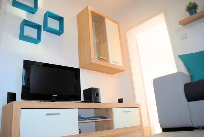 """""""The Genuine Flat in Lozenec"""" - 2 rooms + 1 k"""