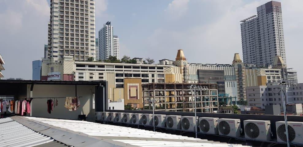 Kos / hostel Damai Sejahtera jakarta pusat thamrin