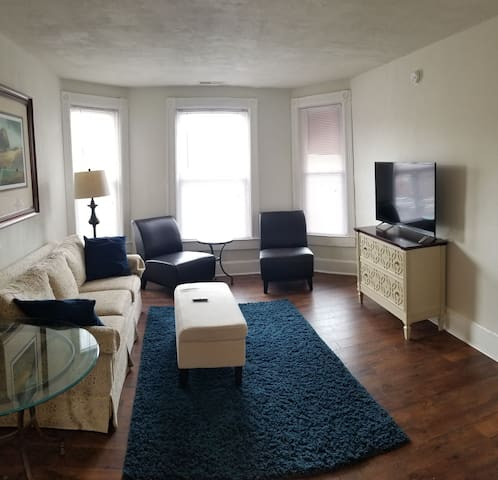 Charming,  newly remodeled flat in central Hornell