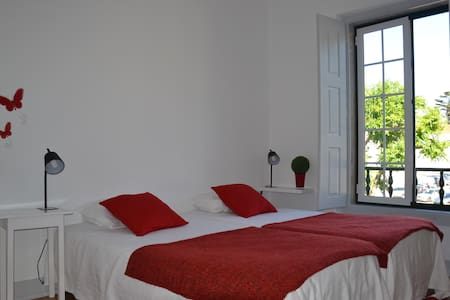 Double room view Monastery (shared bathroom) - Alcobaça - Altres