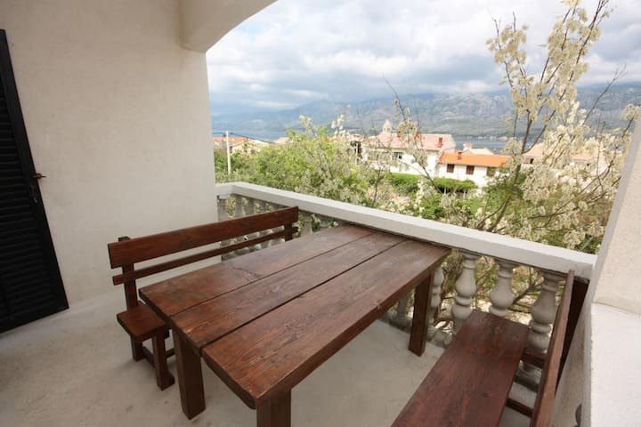 Two bedroom apartment with terrace and sea view Vinjerac, Zadar (A-6187-d)