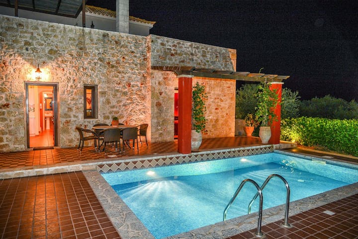 Olympia villas, Villa Katerina (private pool)