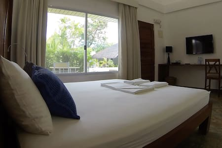 Comfortable rooms away from Home at Alcoy - Pis
