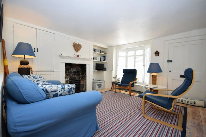 Mariners Cottage. Emsworth