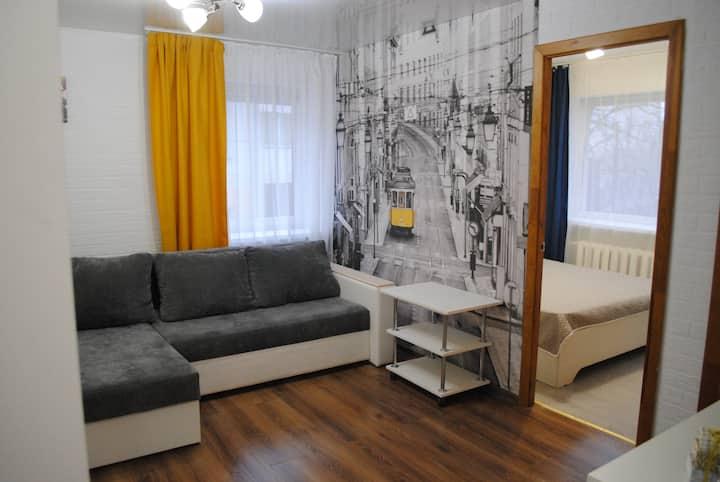 Уютная квартира в центре. 50 метров от площади!!!