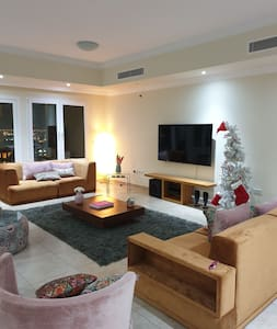 Spacious and Cosy appt in Doha best area