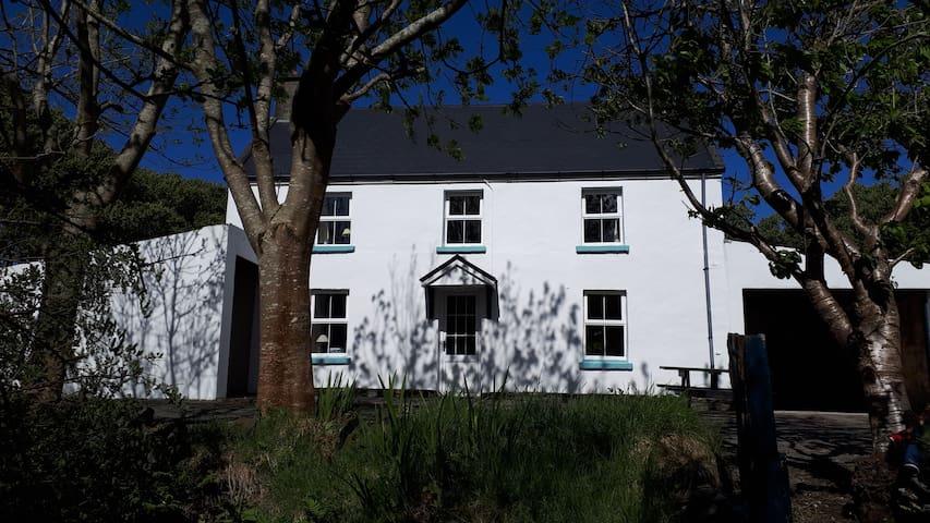 John Joe's Farmhouse Skellig Ring Portmagee
