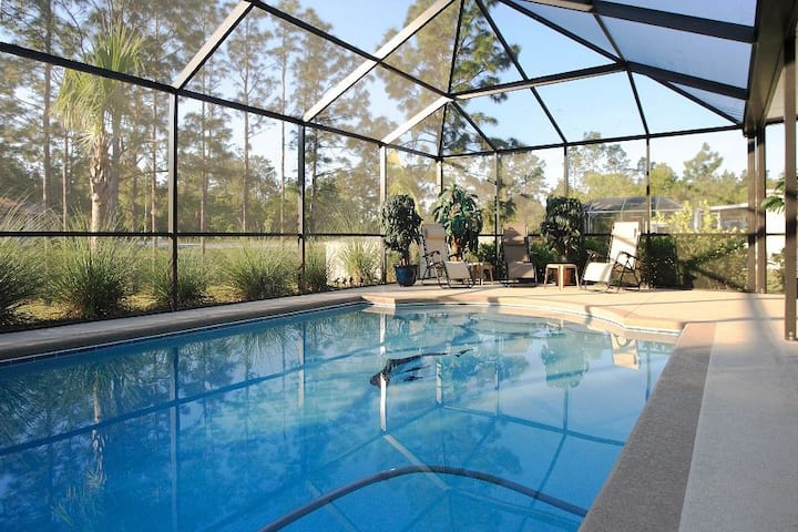 Nice and clean vacation house with heated Pool