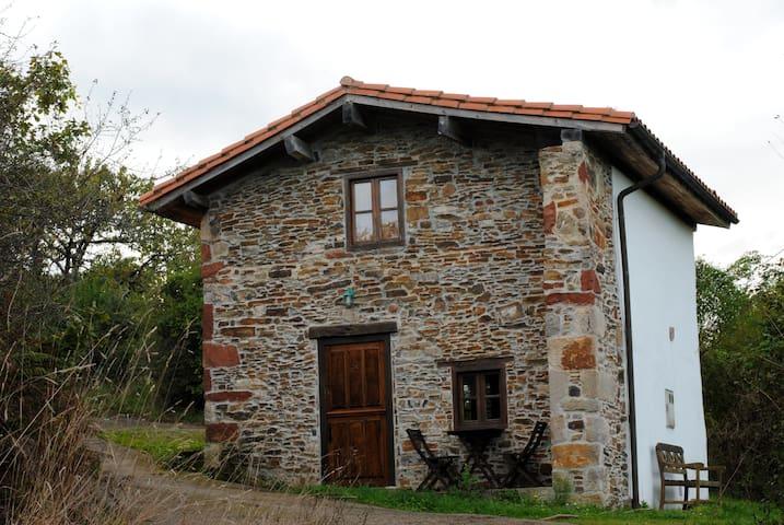 La cabaña de los campos - Villaviciosa - House