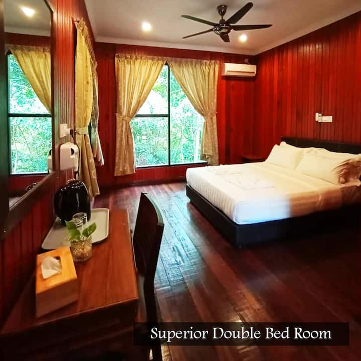 Kinabatangan Wildlife Lodge (Superior Double)