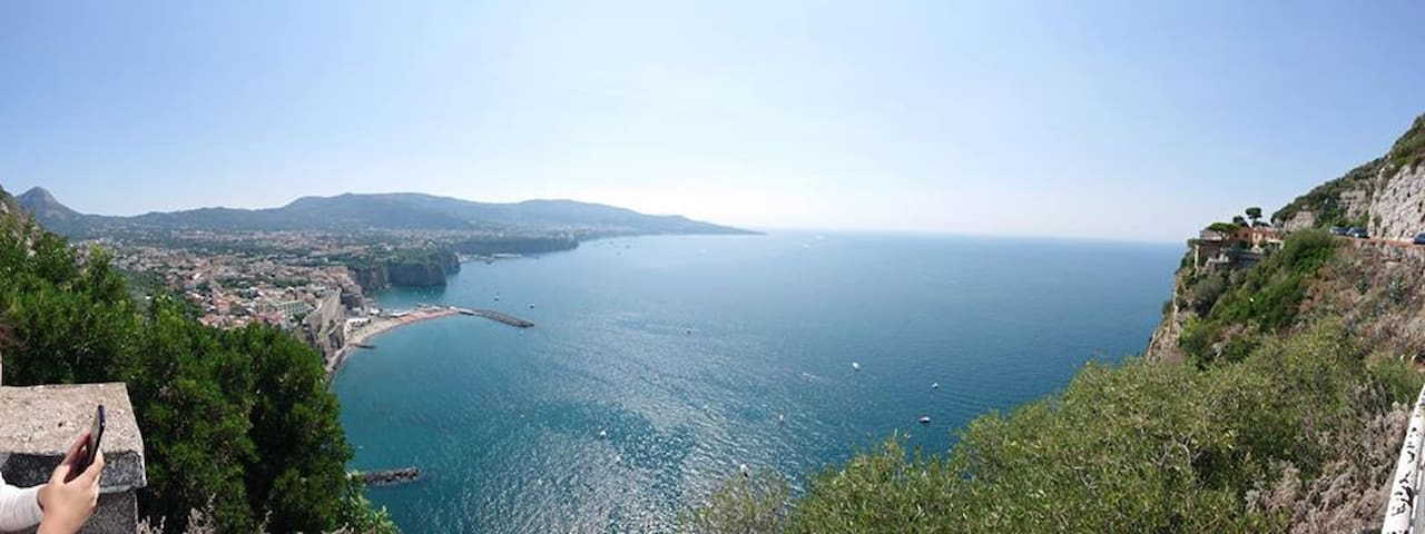 Villa,900 m from sea,close to Naples and Rome!