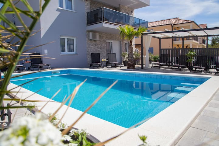 Beachfront Holiday Villa Corluka 2