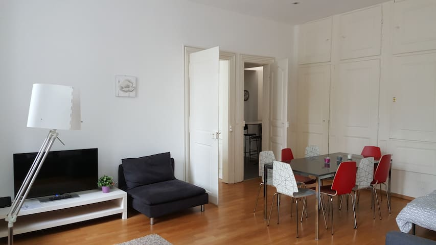 Flat 70m² (2 rooms) for 8 persons