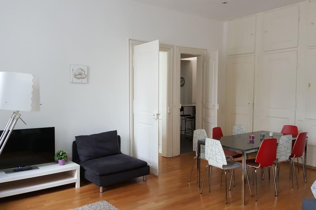wohnung 70m 2 zimmer f r 8 personen wohnungen zur. Black Bedroom Furniture Sets. Home Design Ideas