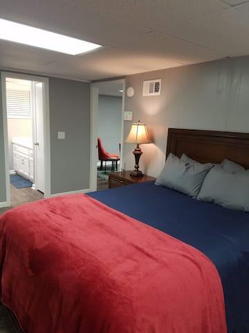 Private In-Law Suite in Tucker (metro Atlanta)
