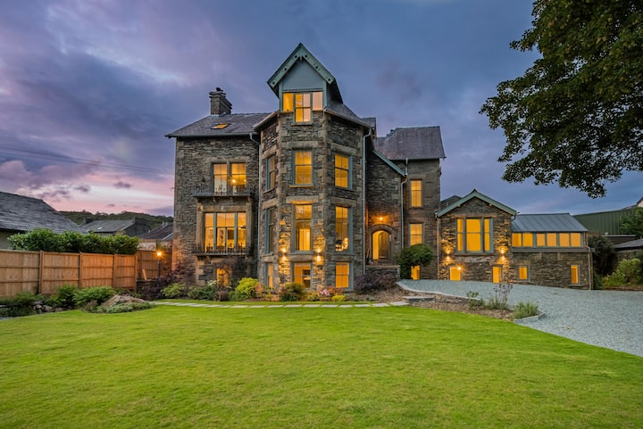 A romantic hideaway in Windermere