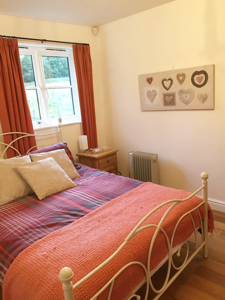 Your Pet Friendly Orchard Cottage