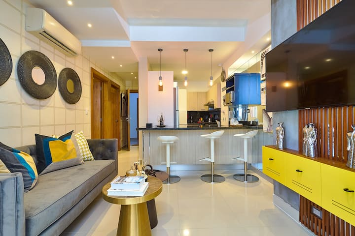 ☆In The City Center Modern Apartment! Pool&Gym