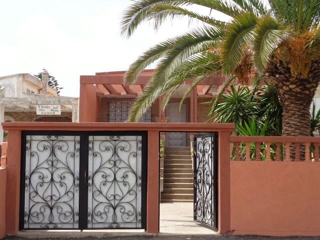 Au Cœur de SIDI BOUZID et 200 de la plage - Sidi Bouzid - Casa de campo