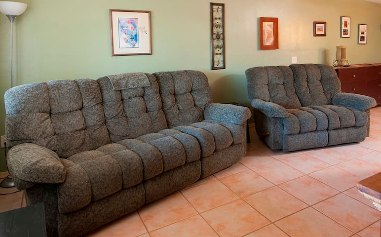 CASA COYOTE SPECIAL SUMMER RATES- NEAR I-10 - Tucson - Apartment