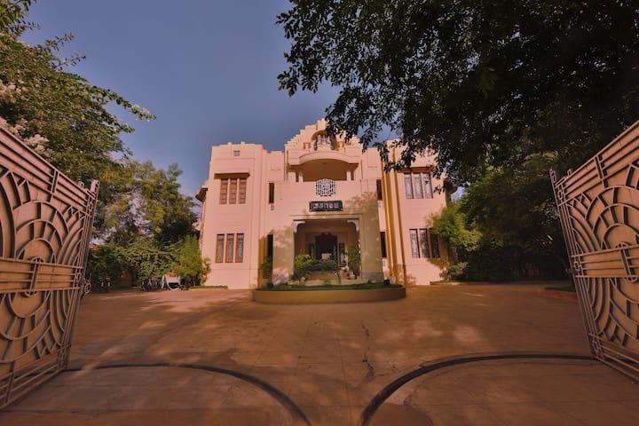 A Chettiar legacy - Heritage Mansion in Chettinad