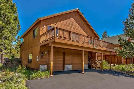 Family Friendly Truckee Cabin with Views Sleeps 10 - Truckee - Cabin