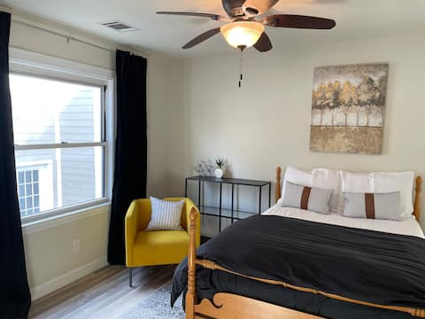 Renovated Eastwood Carriage House