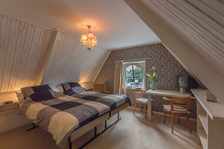 Logies Oosterend, double room