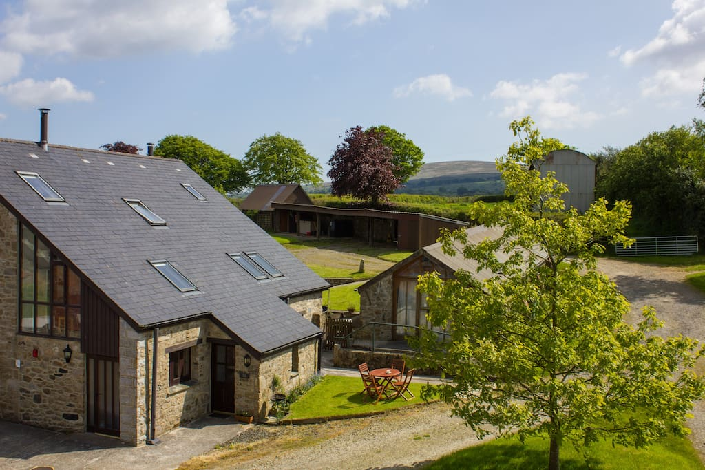 Acorn Cottage is located on the edge of Dartmoor National Park