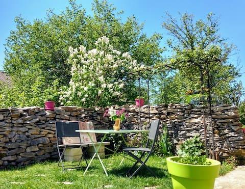 Appartement privé et sa terrasse au cœur du Jura !
