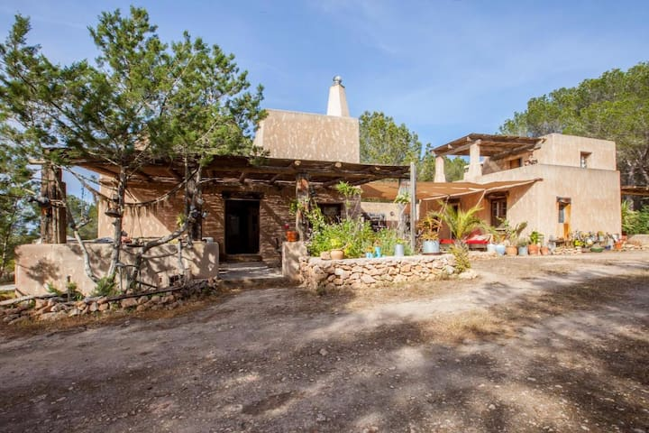 Charming house in La Mola