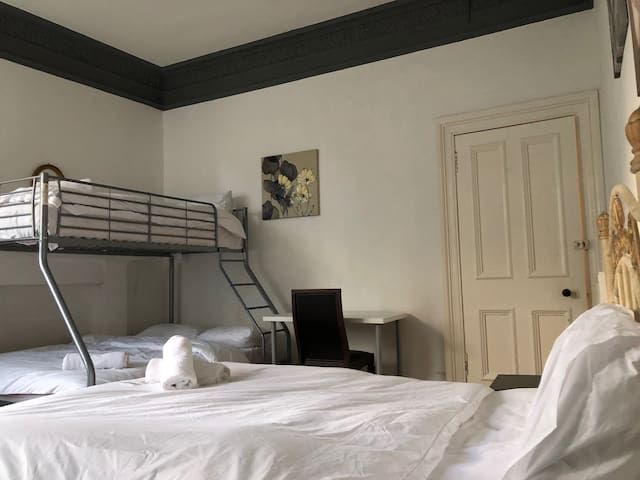 Specious Room (with 3 beds) in the Old Town 1