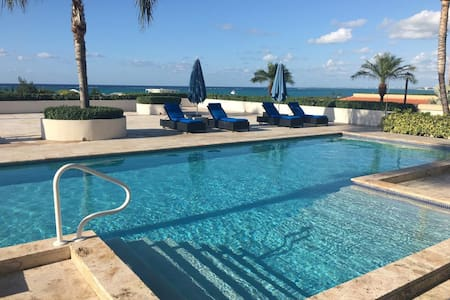 Poolside Ocean view suiteLa Vista Azul - Providenciales and West Caicos - Selveierleilighet
