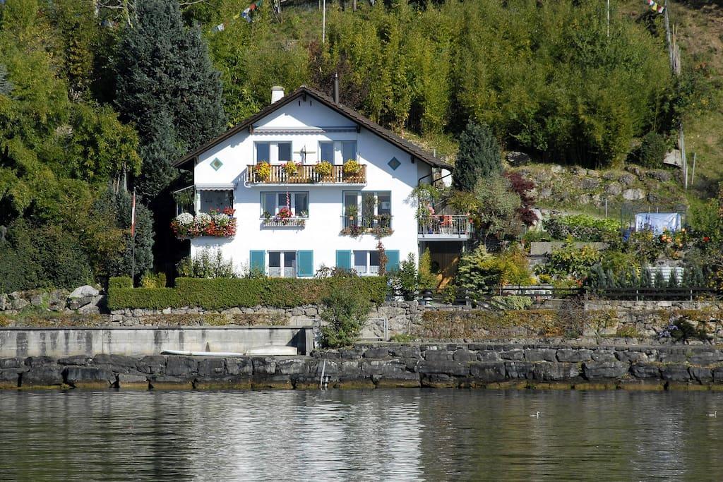 Ferienwohnung Haus Mathis liegt am Rande von Weggis