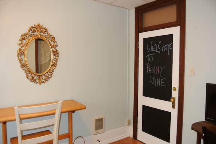 #8 Private studio in the  Courtney bldg