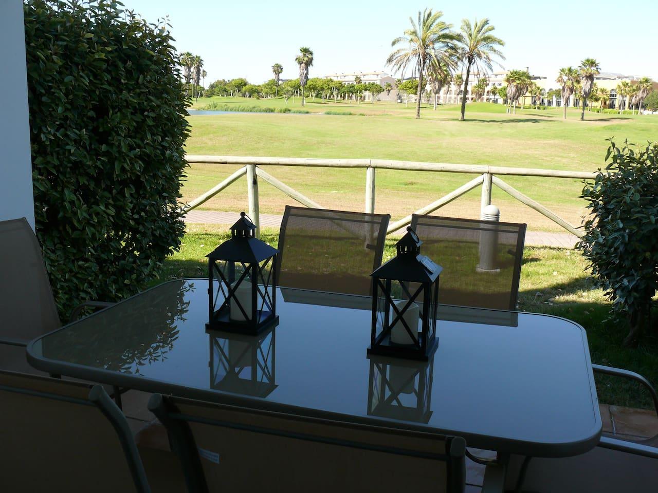 Jardín con vista al Golf